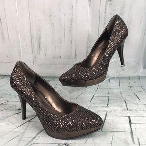 Nine West Prisilla size 7M classic high heel pumps